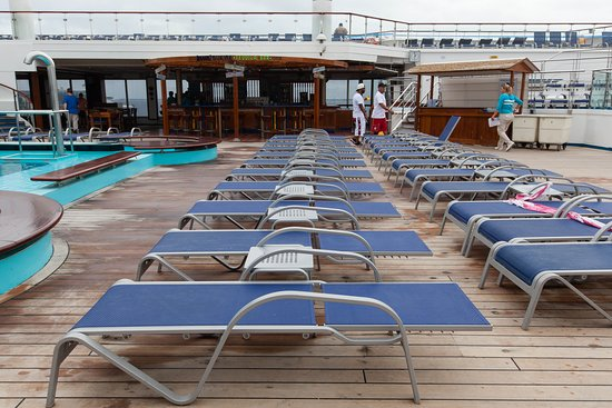 The Pool on Carnival Glory