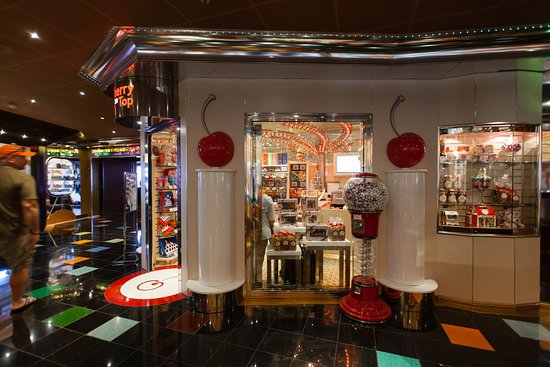 Cherry on Top on Carnival Glory