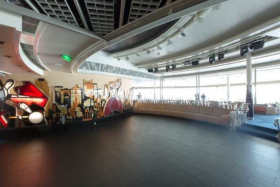 Viking Crown Lounge & High Notes on Voyager of the Seas