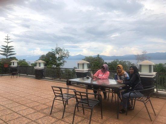 Soroako, Indonesia: Hotel Grand Mulia , balkoni pemandangan ondah