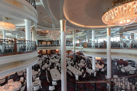 Sapphire Dining Room on Voyager of the Seas