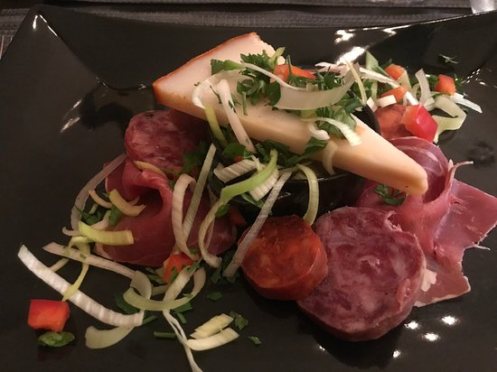 The Ugly Duckling : Ham & Cheese Starter