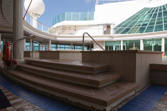 The Solarium Adult Pool on Voyager of the Seas