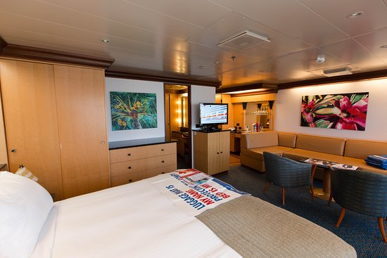 The Grand Suite on Carnival Magic