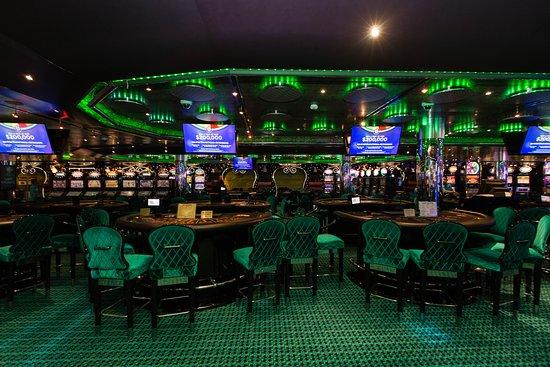 Hat Trick Casino on Carnival Magic
