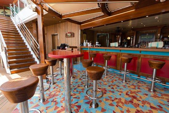 RedFrog Rum Bar on Carnival Magic