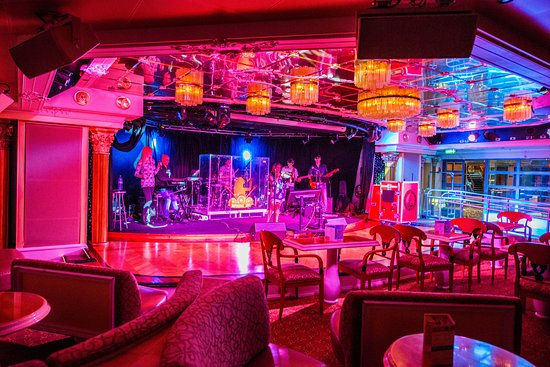 Adriatic Lounge on Carnival Victory