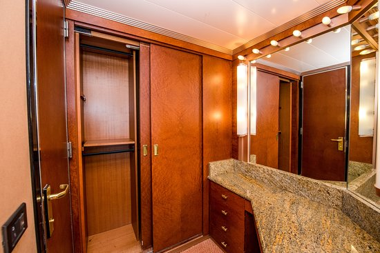 The Junior Suite on Carnival Victory