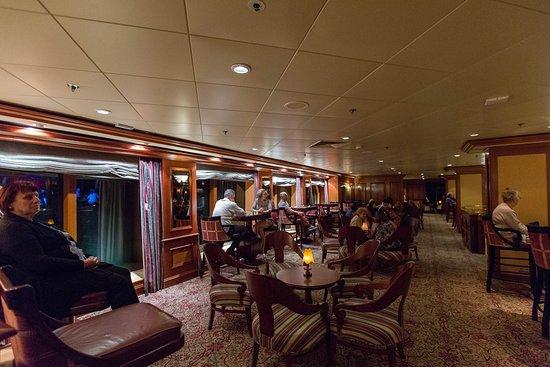 Jakarta Lounge on Radiance of the Seas