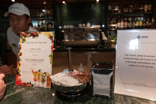 La Sirene Bar on MSC Divina
