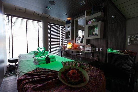 Eucalyptus Massage Room on MSC Divina
