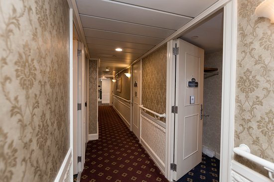 Hallways on American Queen