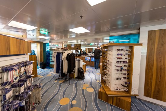 Centrum Shops on Rhapsody of the Seas