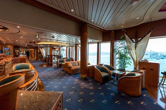 Schooner Bar on Rhapsody of the Seas