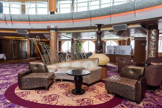 Rhapsody of the Seas: Centrum Atrium on Rhapsody of the Seas