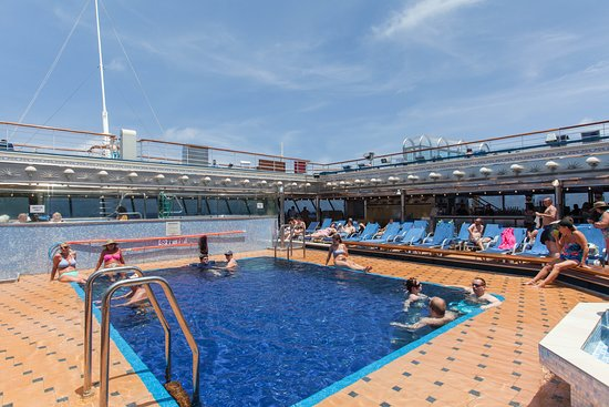 The Prometheus Pool on Carnival Valor
