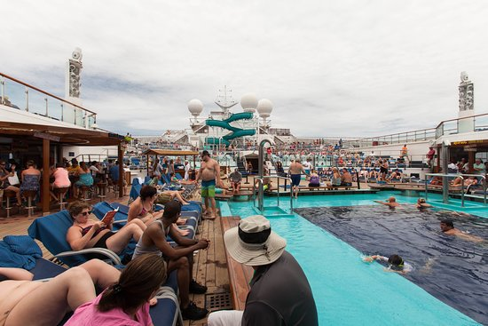 The Argonaut Pool on Carnival Valor
