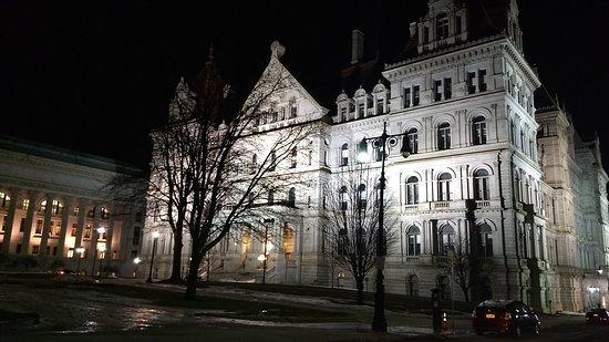 Albany, NY: City night