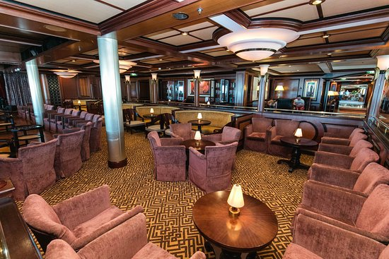 The Safari Club on Jewel of the Seas