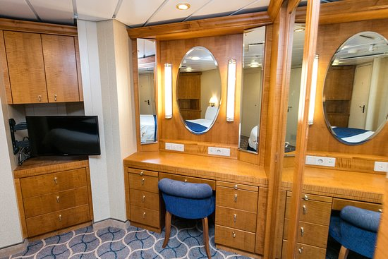 The Two Bedroom Suite on Jewel of the Seas
