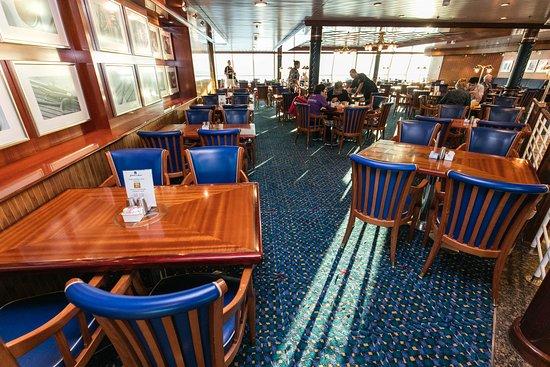 Windjammer Cafe on Jewel of the Seas
