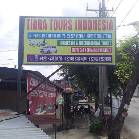 TIARA TOURS INDONESIA