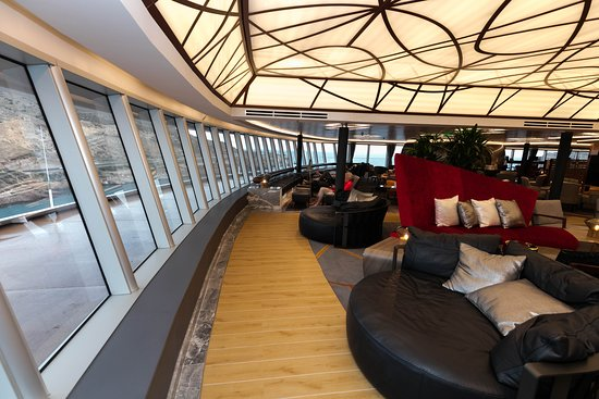 Crow's Nest on Koningsdam