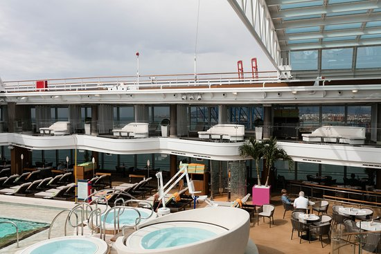 The Lido Pool on Koningsdam