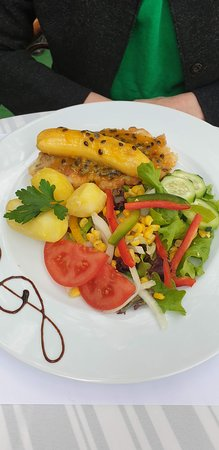 Cafe Del Mar: Scabbard fish with banana & passionfruit sauce