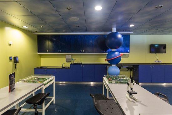 Adventure Science Lab on Harmony of the Seas