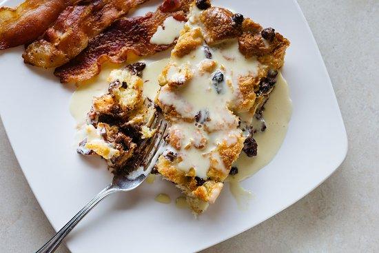 Morning Story : Breakfast Croissant Cake