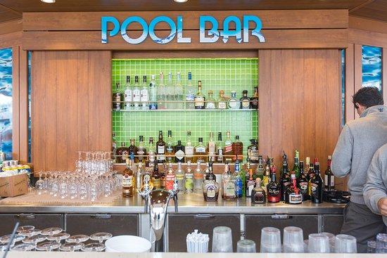 Pool Bar on Harmony of the Seas