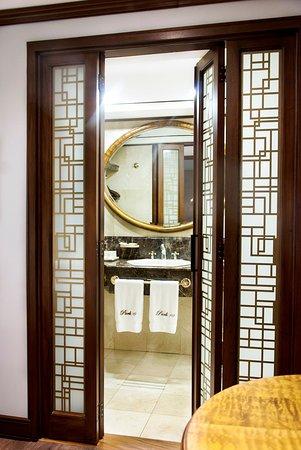 Park 10 Hotel : Bathroom Luxury Premium