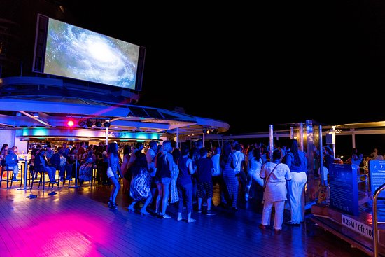 White Party on Empress of the Seas