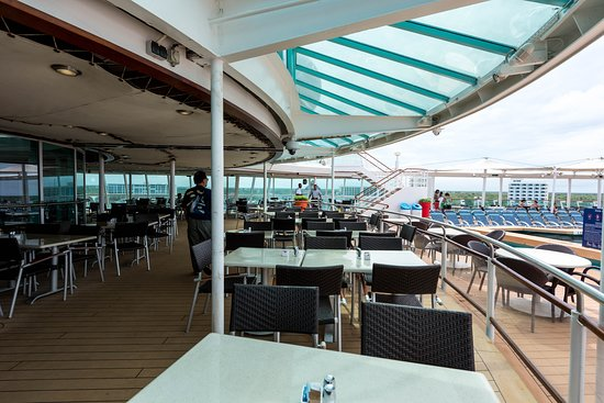Windjammer Cafe on Empress of the Seas