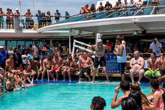 Belly Flop Contest on Empress of the Seas