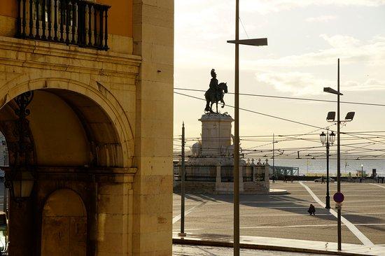 Plaza del Comercio desde la Pousada.