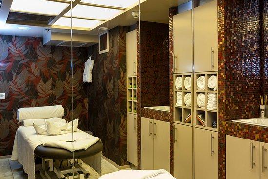 Massage Room on AmaCerto