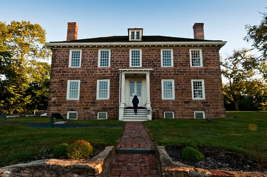 Piscataway, NJ : The front of the Cornelius Low House facing River Rd.  PHOTO CREDIT: Crossroads of the American Revolution NHA