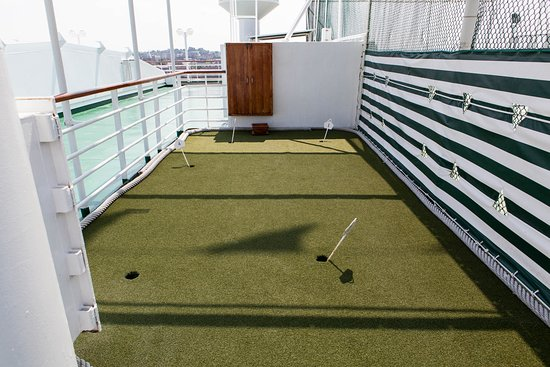 Putting Green on Crystal Symphony