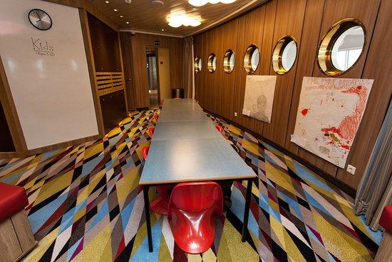 Fantasia Children's Playroom on Crystal Symphony