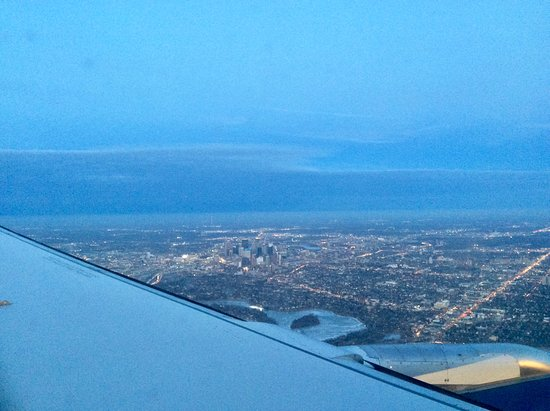Delta Air Lines: View of Minneapolis.