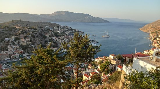 Ano Symi, Greece: On the way down