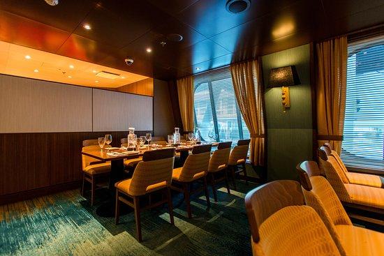 Reflections Restaurant on Carnival Vista