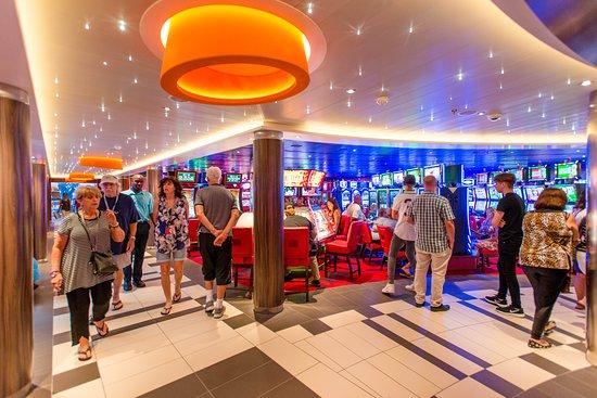 Vista Casino on Carnival Vista