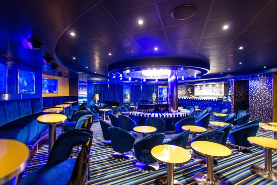 Piano Bar on Carnival Vista