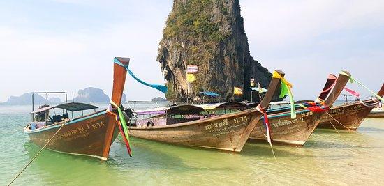 PhraNang Cave Beach: Quando se consegue tirar uma foto sem ninguém!