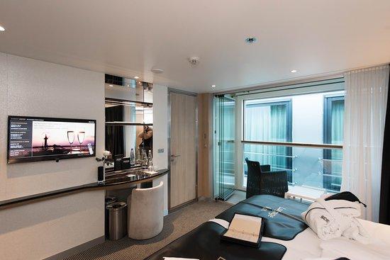 The Deluxe Balcony Suite on Scenic Jasper