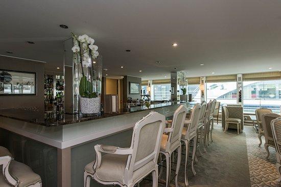 Blue Danube Lounge on River Duchess