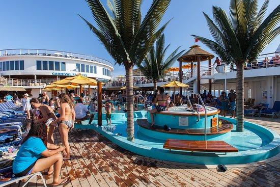 The Main Pool on Carnival Fantasy